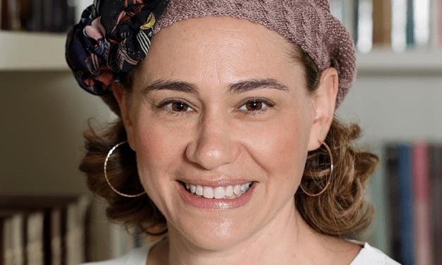 """Like""- Hate Relationships? Torah Perspectives on Social Media Use"